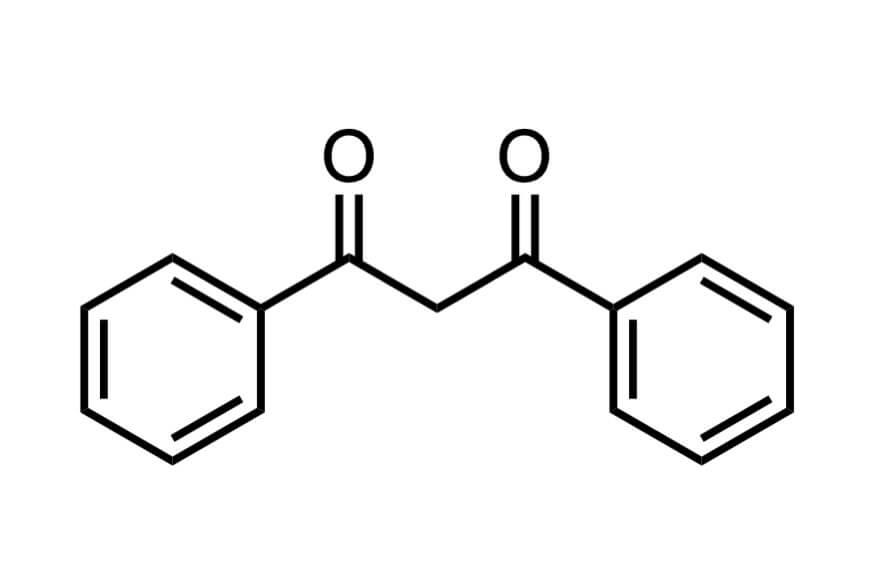 1,3-ジフェニル-1,3-プロパンジオンの構造式