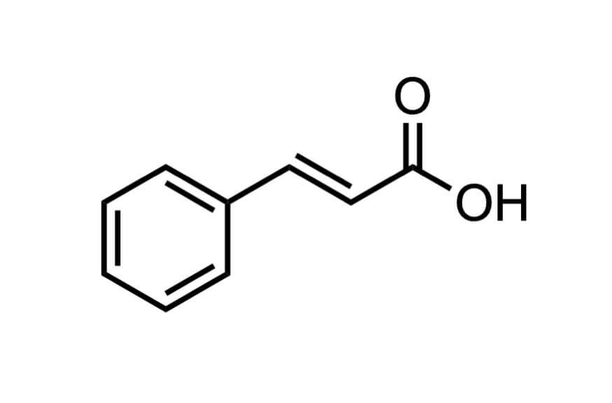 trans-けい皮酸の構造式