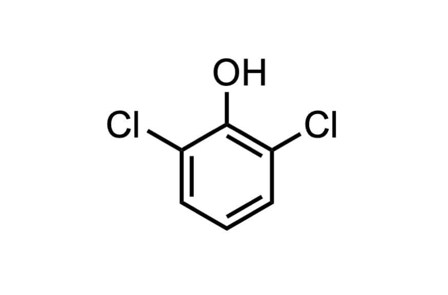 2,6-ジクロロフェノールの構造式