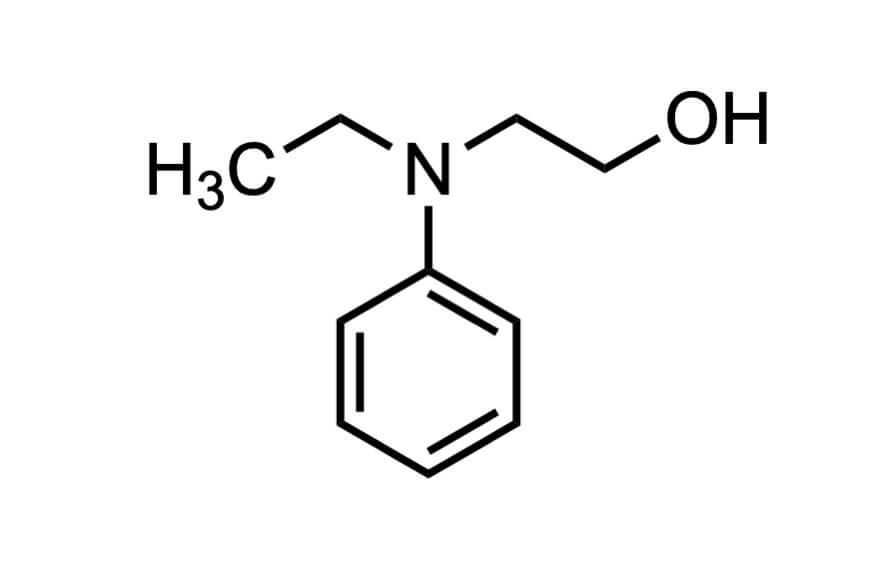 2-(N-エチルアニリノ)エタノールの構造式