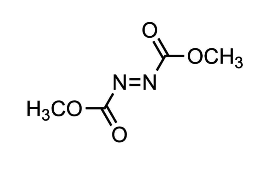 アゾジカルボン酸ジメチルの構造式