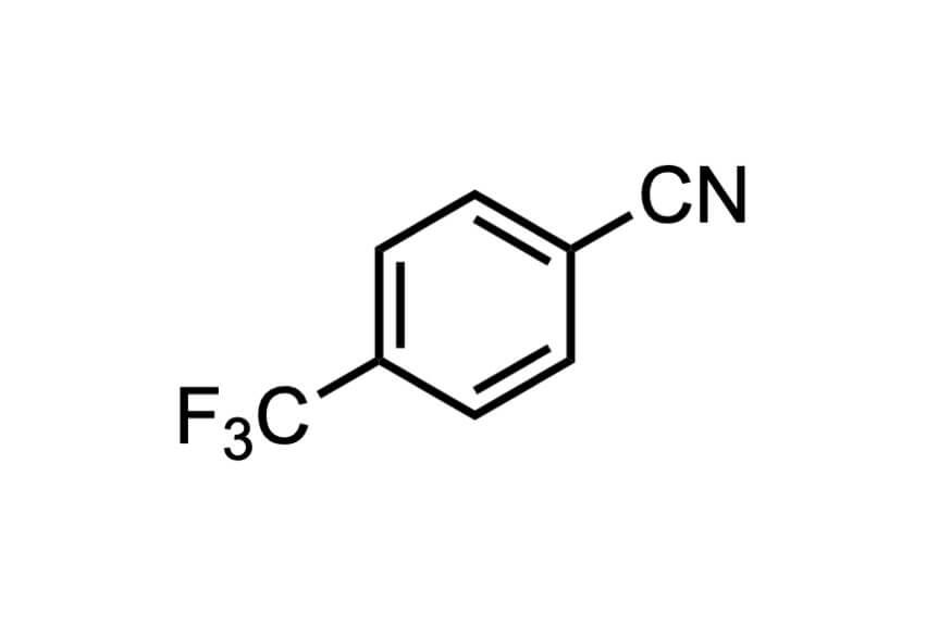 4-(トリフルオロメチル)ベンゾニトリルの構造式