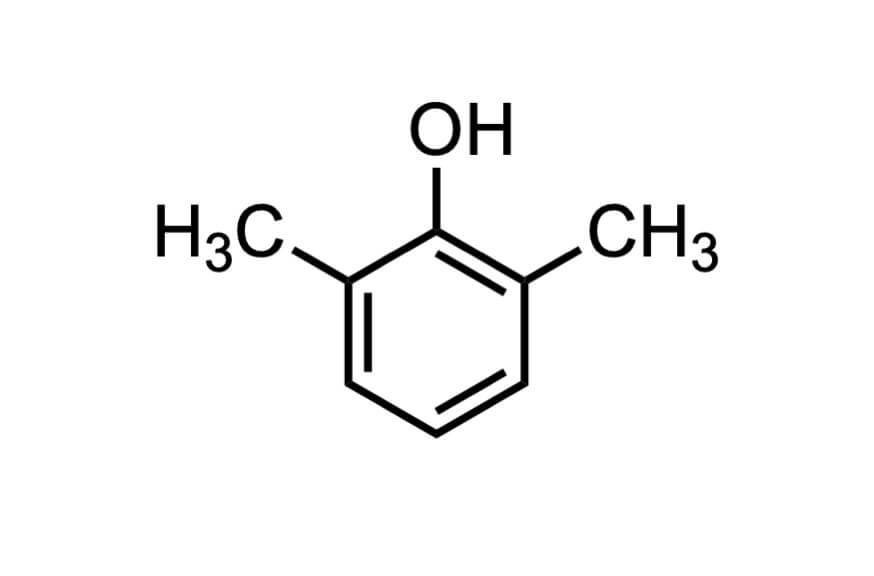 2,6-ジメチルフェノールの構造式