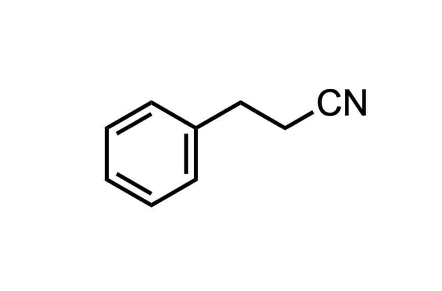 3-フェニルプロピオニトリルの構造式