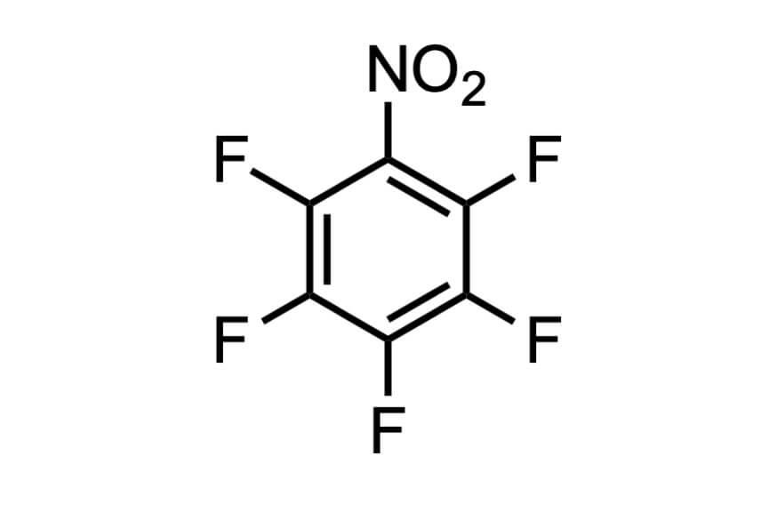ペンタフルオロニトロベンゼンの構造式